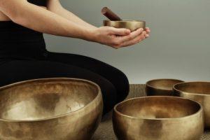 Yogalounge Nicole Veith Walzbachtal | Yoga-Workshops | Yoga & Klang mit Birgit und Nicole